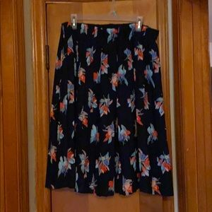 Navy & Floral pleated skirt